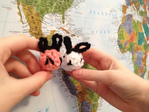 World Traveling Bunnies ~ Free Crochet Pattern